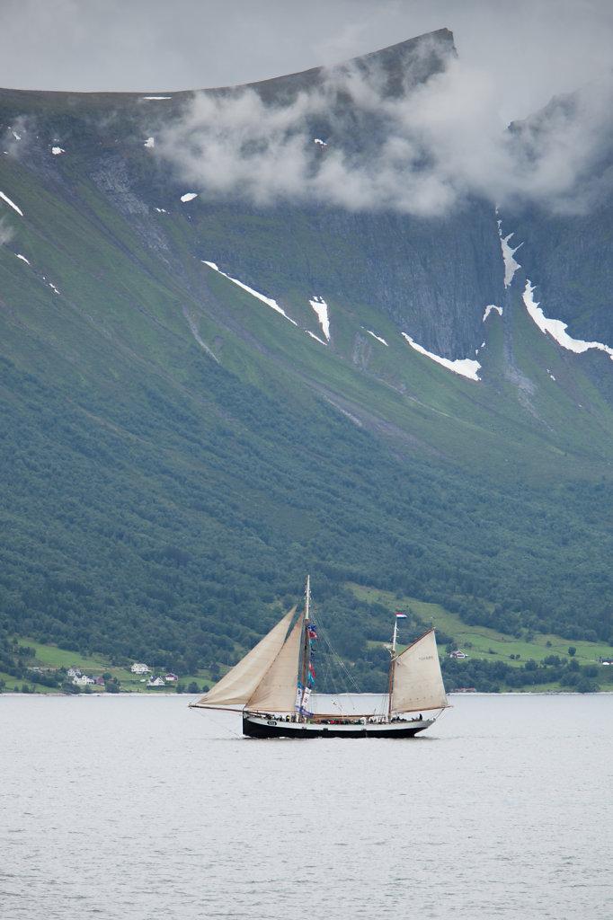 Skute i Heissafjorden